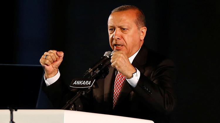 Erdogan confirma la compra de sistemas antiaéreos rusos S-400 pese al temor de EE.UU.