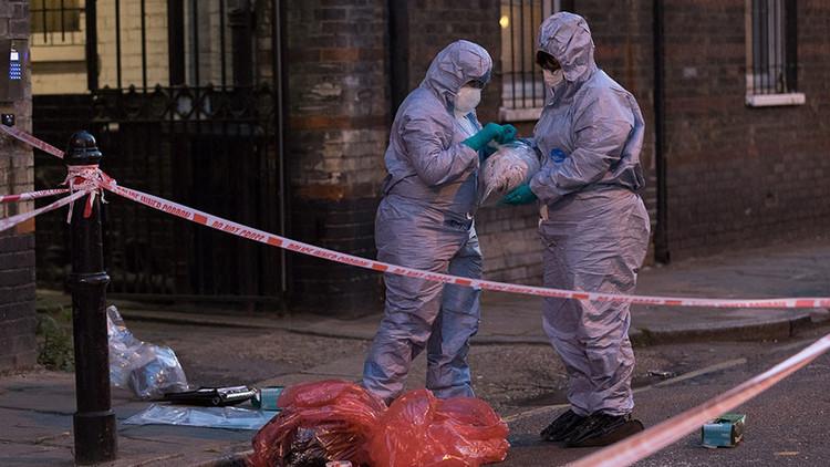 """""""Gritando de agonía"""": Atacan con ácido a dos hombres en Londres (VIDEO, FOTOS)"""