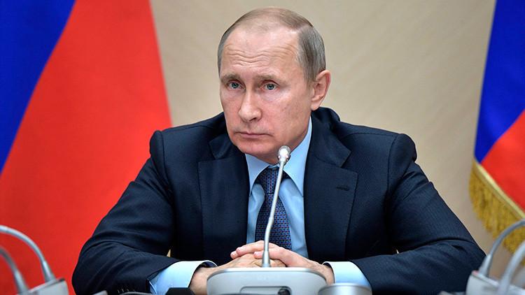 Putin ratifica el acuerdo que permite a la Fuerza Aérea rusa permanecer en Siria por medio siglo