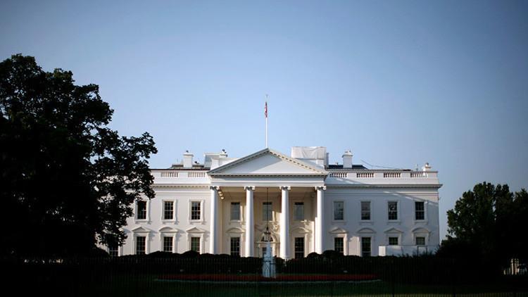 EE.UU. impone sanciones a 13 altos cargos venezolanos