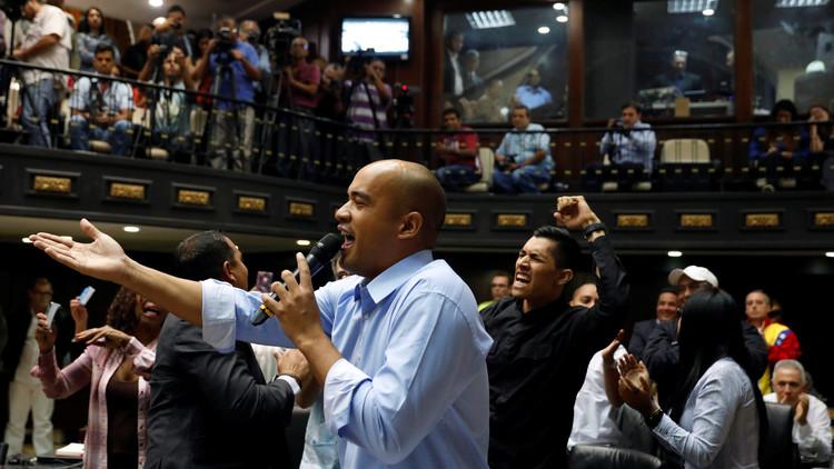 """El chavismo reitera su disposición a mantener una """"negociación"""" con la oposición"""