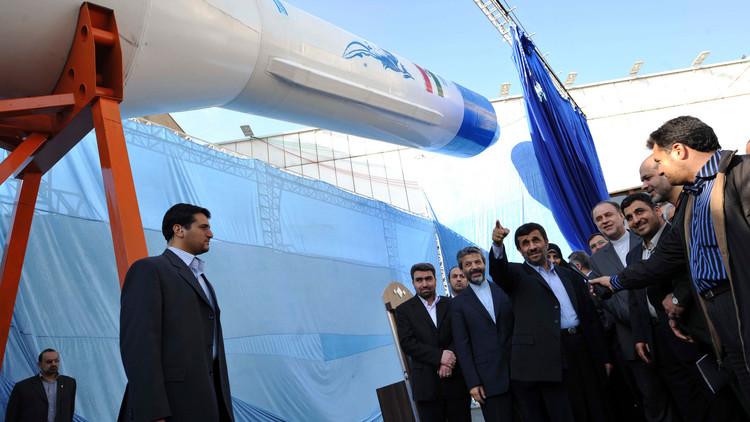 Irán prueba con éxito su cohete-portador para aparatos espaciales