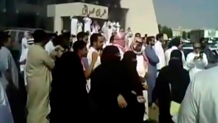 Arabia Saudita se prepara para decapitar a 14 participantes en protestas antigubernamentales