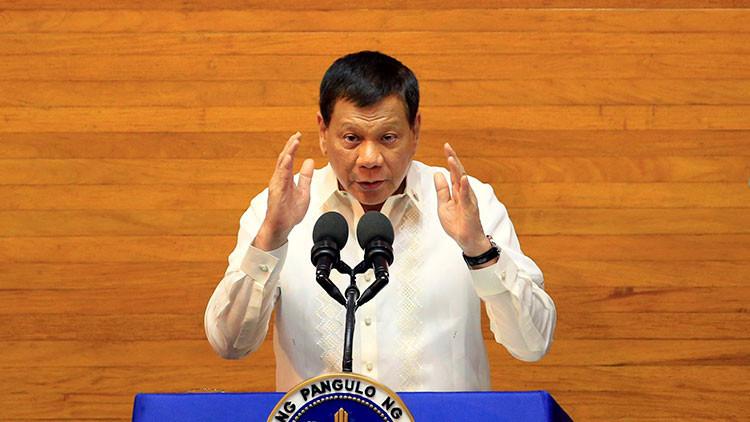 """Duterte: La Universidad de Oxford es """"una escuela para estúpidos"""""""