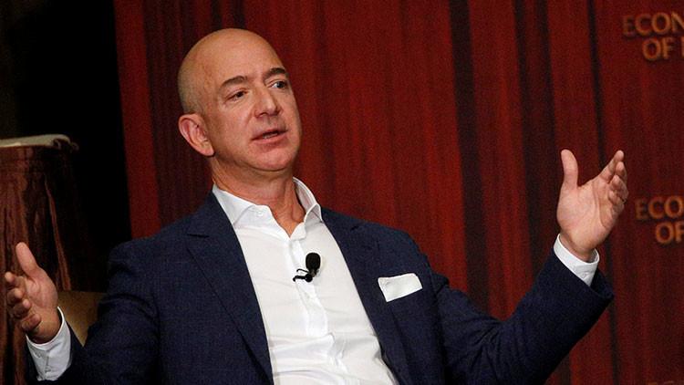 El dueño de Amazon disfrutó solo 4 horas de la corona de hombre más rico del mundo