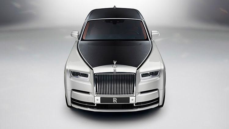 Rolls-Royce presenta el mayor y más deslumbrante coche de su historia (FOTOS)