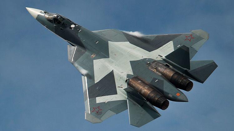 """Los nuevos misiles del caza ruso PAK-FA le convierten en """"asesino de buques"""""""