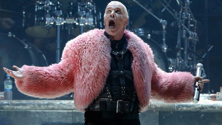 'Secuestran' al vocalista de Rammstein y este pide ayuda en las redes