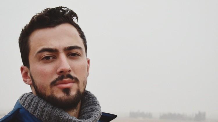 """Padre del colaborador de RT fallecido: """"Dio su vida por Siria luchando contra el Estado Islámico"""""""