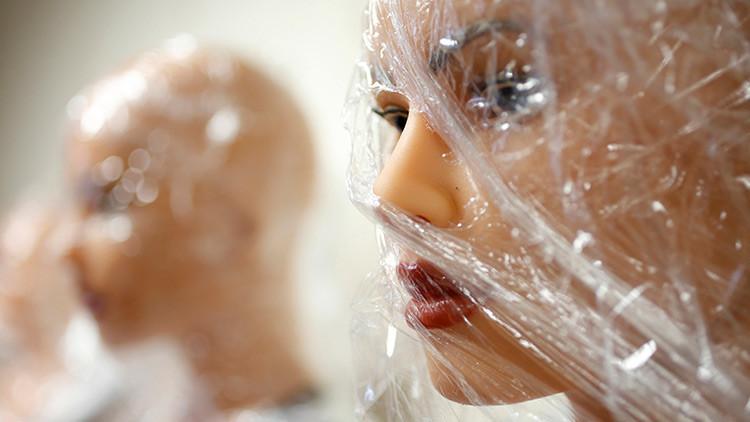 Condenan a un capillero británico que poseía 34.000 imágenes de abusos sexuales a niños