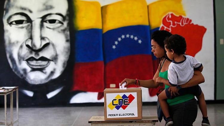"""""""Basta de injerencias"""": Cuba condena las sanciones """"insólitas"""" impuestas por EE.UU. contra Maduro"""
