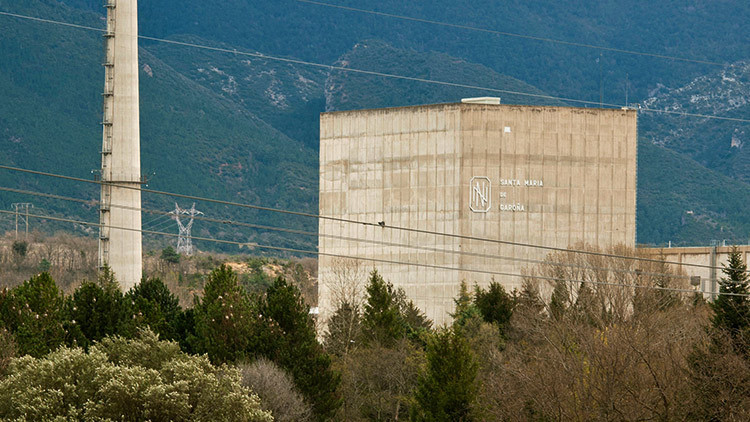 El Gobierno de España cierra la central nuclear más antigua del país