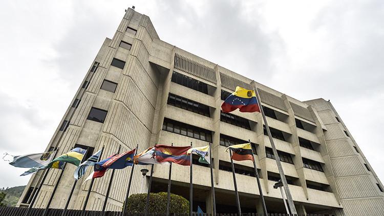 """""""Arbitrarias y unilaterales"""": el TSJ rechaza las sanciones de EE.UU. contra Maduro"""