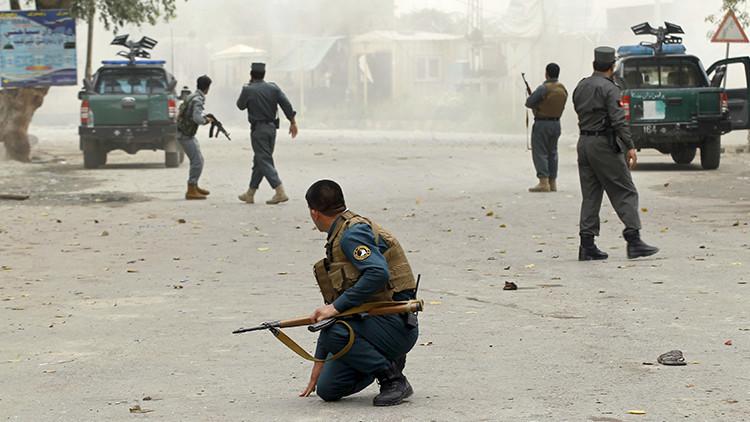 Al menos 20 muertos en un ataque en una mezquita en Afganistán (FOTOS)