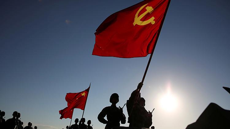 China amenaza a la India con una guerra si no retira sus tropas de una tensa zona del Himalaya