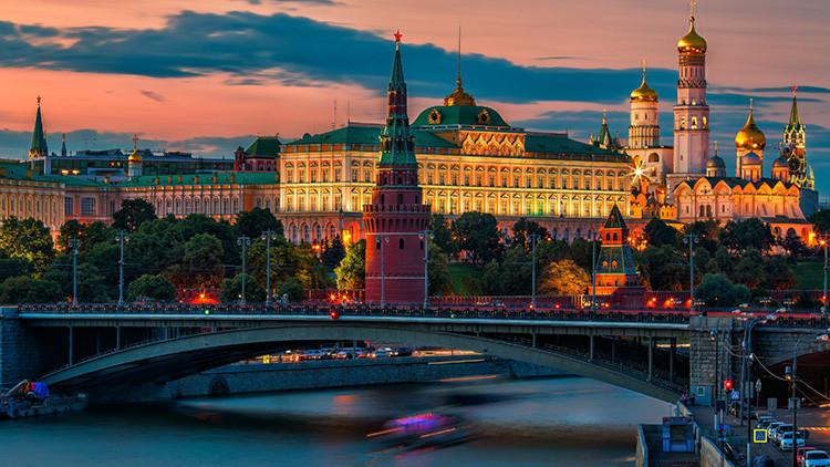 """Medvédev: """"EE.UU. declaró una completa guerra económica a Rusia"""""""