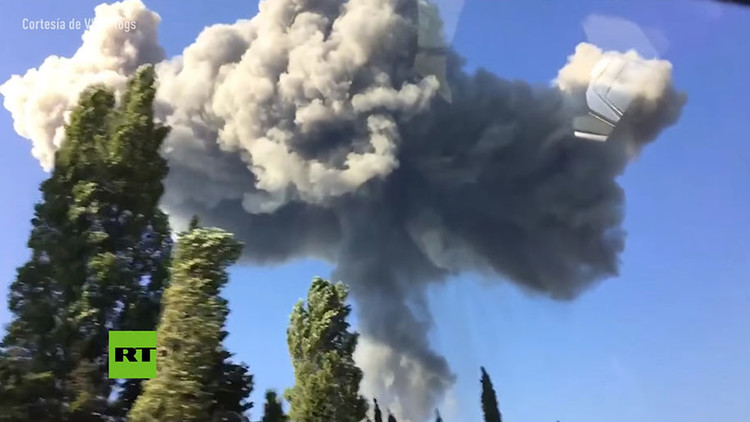 VIDEO: Mueren dos personas por la explosión de un depósito de municiones en Abjasia