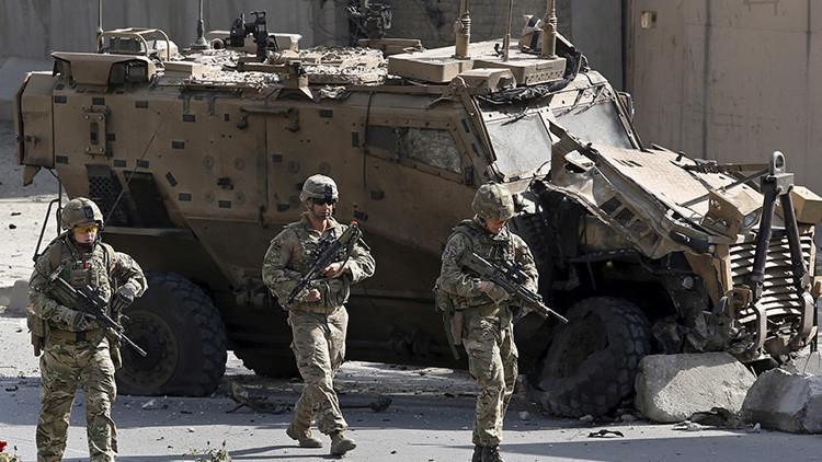 Ataque suicida contra la OTAN en Afganistán deja un soldado muerto y seis heridos