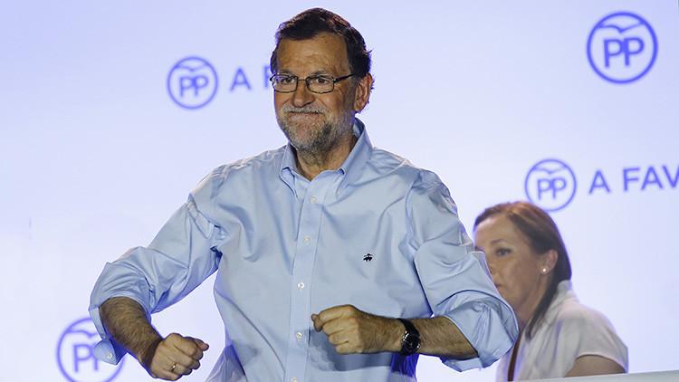 Rajoy con una pizarra se convierte en tendencia en Twitter (MEMES)