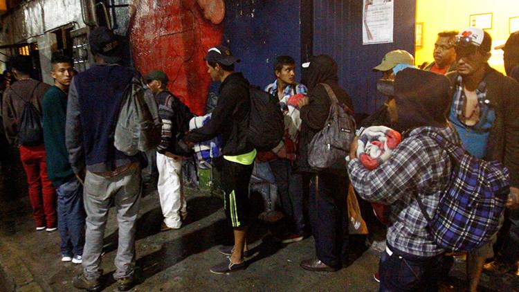 """""""Se le da bien asustar a la gente"""": Cómo Trump convierte a México en un país de acogida de migrantes"""