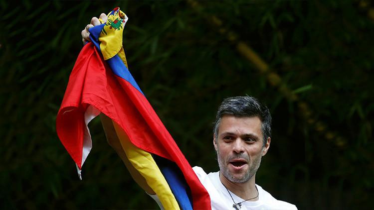 Opositor Leopoldo López vuelve a arresto en casa