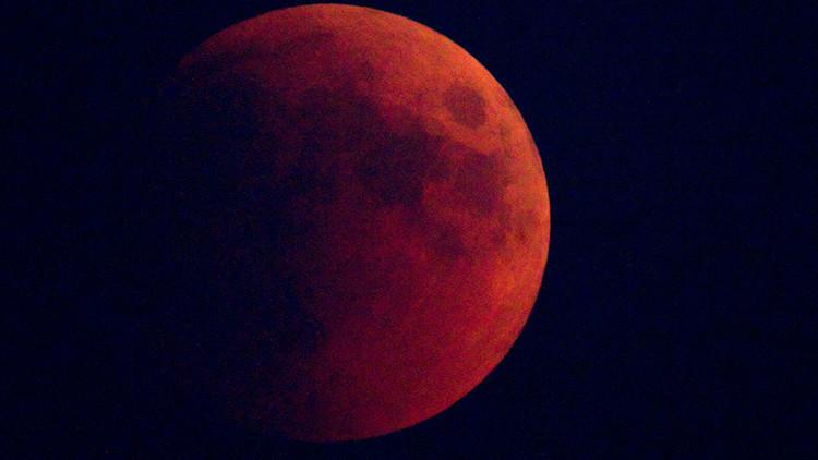 ¡A no perderse el eclipse que teñirá la Luna de rojo este lunes!