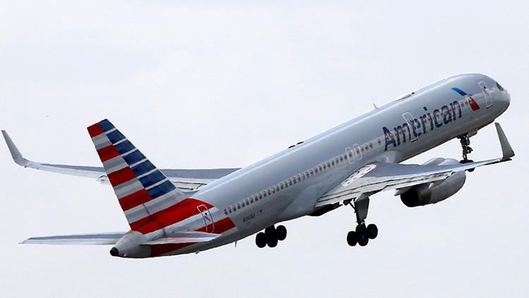 VIDEO, FOTOS: Así fue el caos vivido en el vuelo de American Airlines tras unas fuertes turbulencias