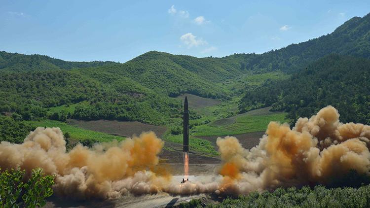 Corea del Norte sopesa atacar la base de EE.UU. en Guam