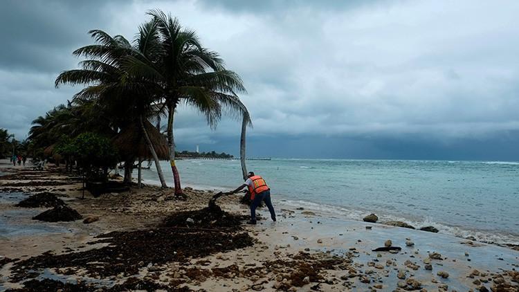 VIDEOS: Franklin se convierte en huracán y azota el estado mexicano de Veracruz