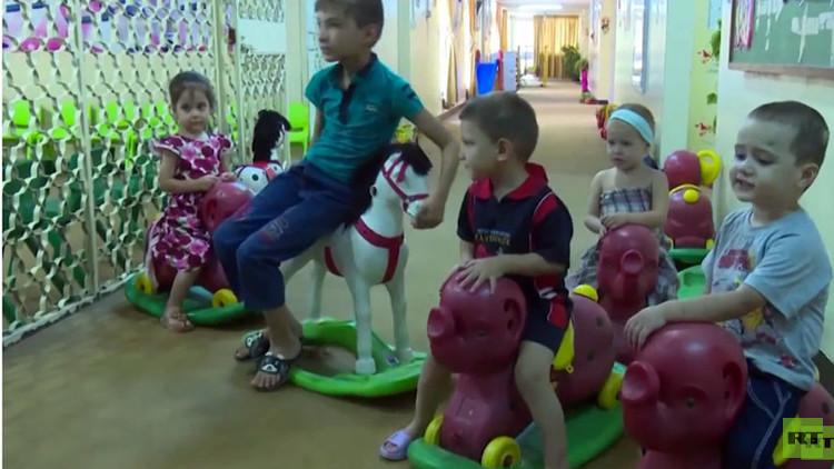 Familiares reconocen a niños rusos en Irak después de que un video de RT se volviera viral