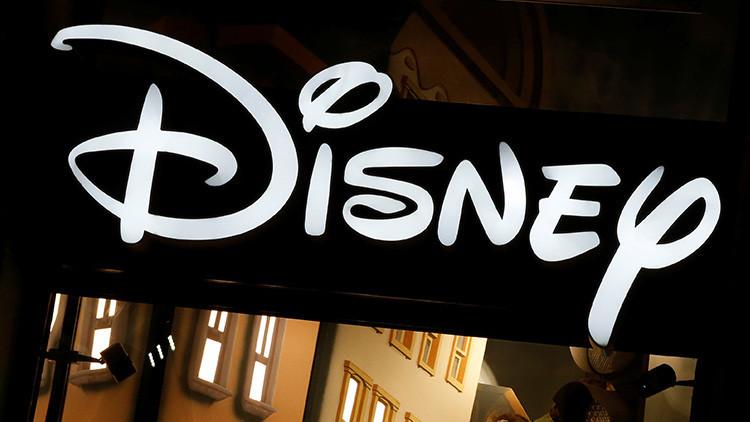 Demandan a Disney por espiar a niños a través de 42 aplicaciones
