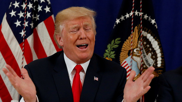 El agradecimiento de Trump a Putin enfurece a los diplomáticos de EE.UU.