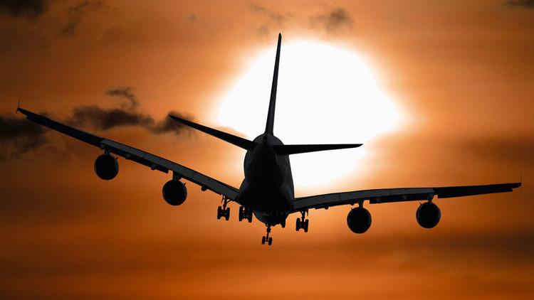 'Resacón en Las Vegas' más allá de la pantalla: Se duerme en un avión y despierta en otro continente