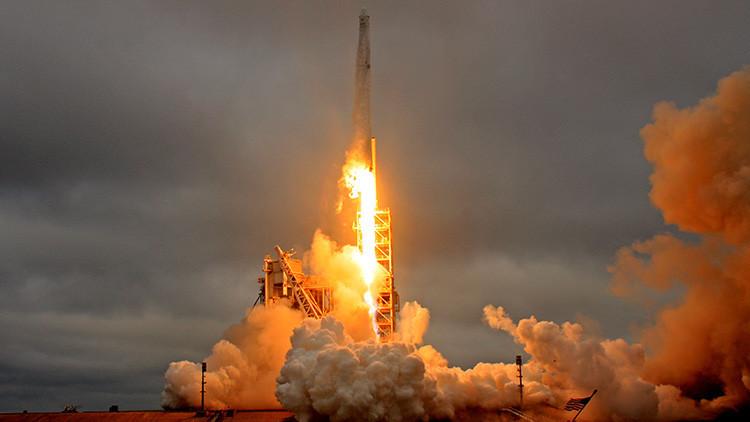 SpaceX lanzará al espacio un súper computador que ayudará a los astronautas en Marte