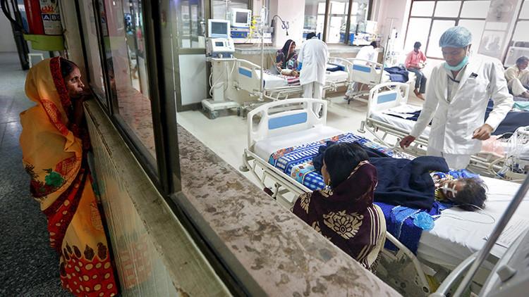 """""""Masacre"""": Al menos 60 niños mueren en un hospital de la India porque les cortaron el oxígeno"""