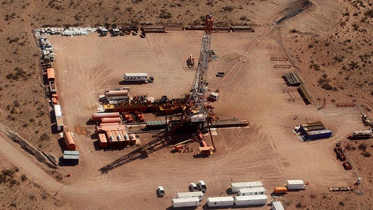 Descubren un yacimiento petrolero en el oeste de Argentina