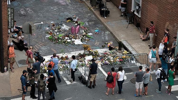 """""""Me encanta"""": Un policía se burla de las víctimas del atropello en Charlottesville"""