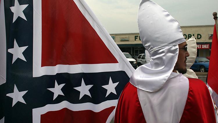 """Exlíder del Ku Klux Klan: """"Gracias, presidente Trump, por decir la verdad"""""""
