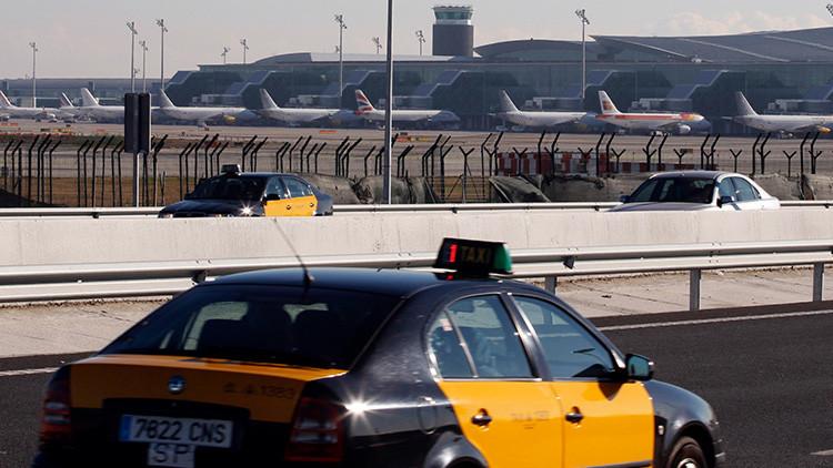 Reportan un incendio cerca de la Terminal 2 del Aeropuerto de El Prat-Barcelona (VIDEOS Y FOTOS)