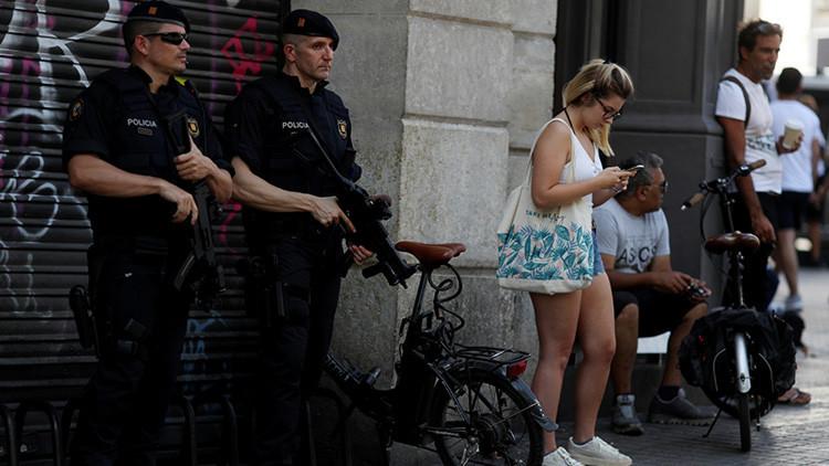 Piden desplegar al Ejército y el gobierno de Rajoy rechaza elevar el nivel de alerta tras atentados