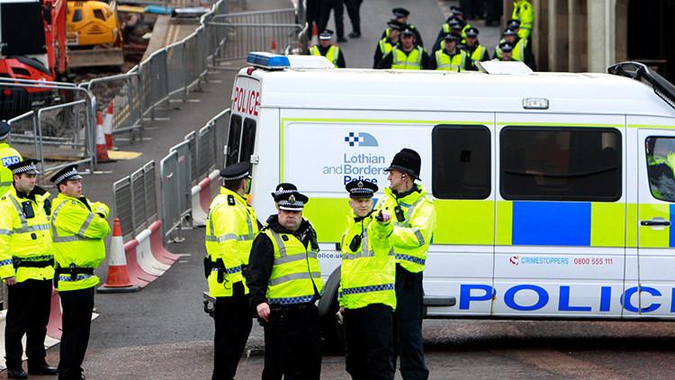 La Policía acordona el centro de Edimburgo por un paquete sospechoso
