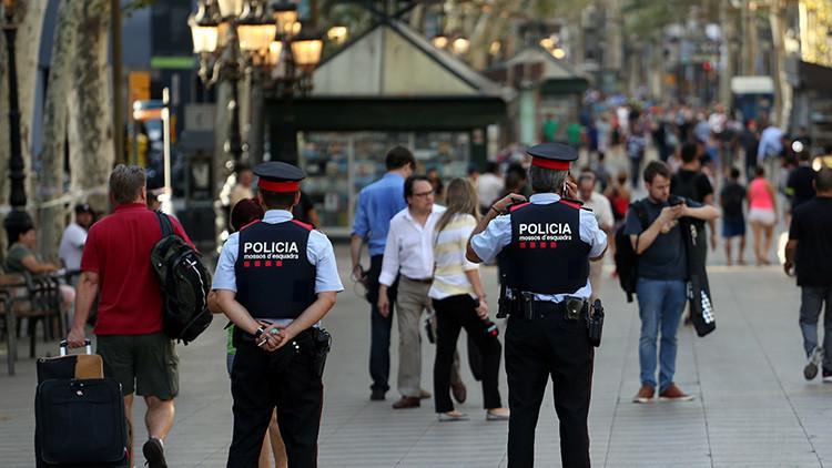 La Policía evacúa parte de la Rambla de Barcelona por un objeto sospechoso