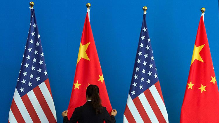 """China insta a EE.UU. a """"corregir su error"""" tras sancionar a empresas chinas vinculadas con Pionyang"""