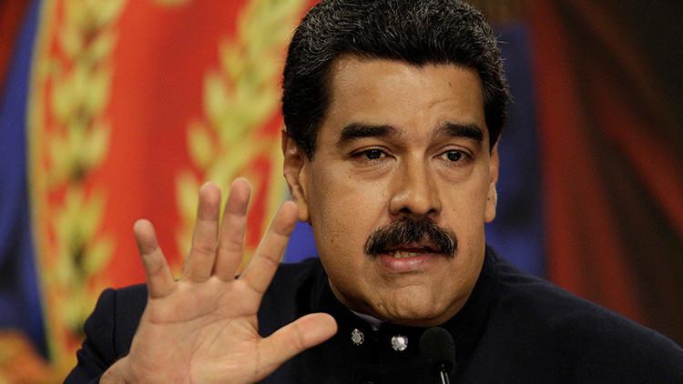"""Maduro: """"Debemos incrementar el poder militar para la defensa y la paz"""""""