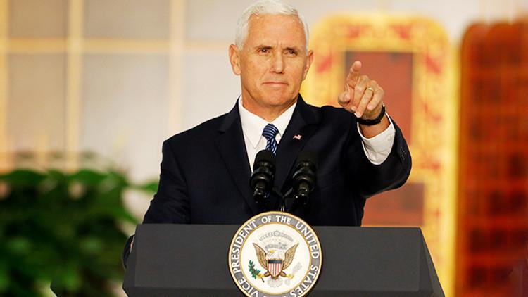 Escoltas militares de Mike Pence en Panamá llevaron a mujeres a su hotel