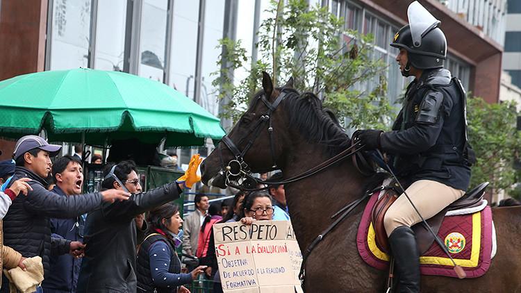 Paro nacional en Perú termina con incidentes y represión policial (Fotos y video)