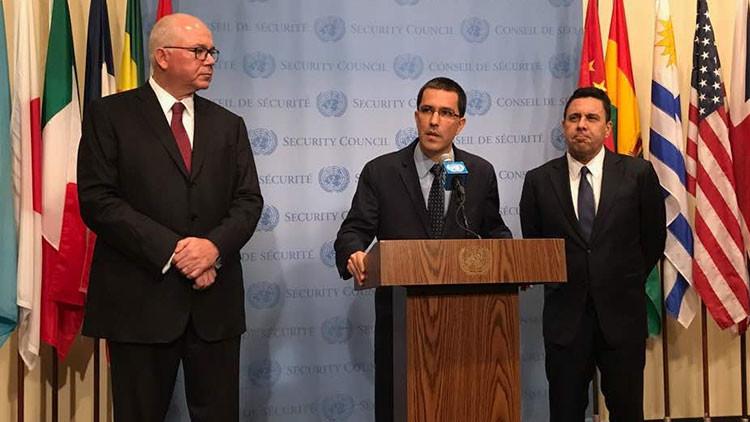 """Caracas: Las nuevas sanciones de EE.UU. son la """"peor agresión a Venezuela en los últimos 200 años"""""""
