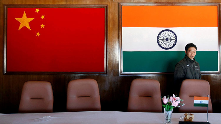La India y China acuerdan separar tropas en Doklam