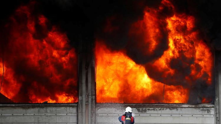 EE.UU.: Una fuerte explosión sacude un edificio en el centro de Houston, Texas (FOTOS, VIDEO)