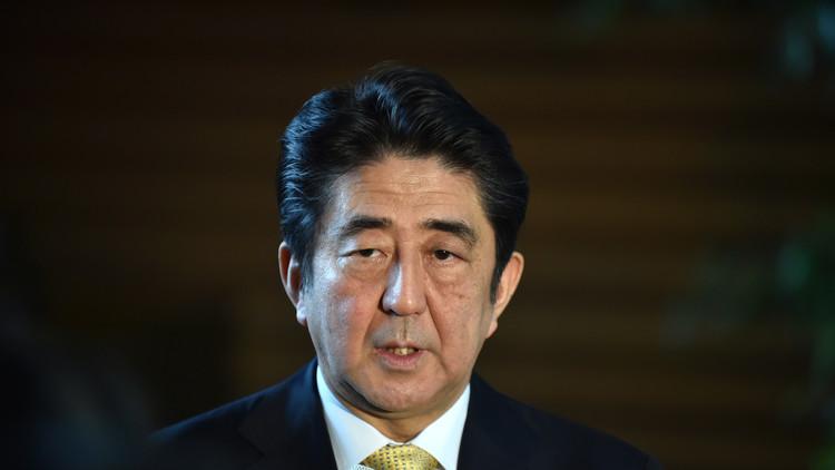"""Shinzo Abe: """"El misil norcoreano es una amenaza grave sin precedentes"""""""